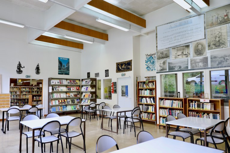Salle de travail BU Lettres Arts Sciences Humaines