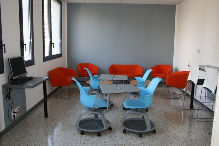 Salle de travail BU Saint-Jean d'Angély